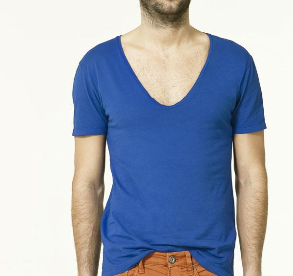 plava V majica Fashion moMENts: Color blocking Show!