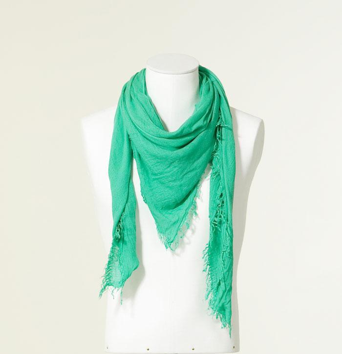 smaragdno zelena marama Fashion moMENts: Color blocking Show!