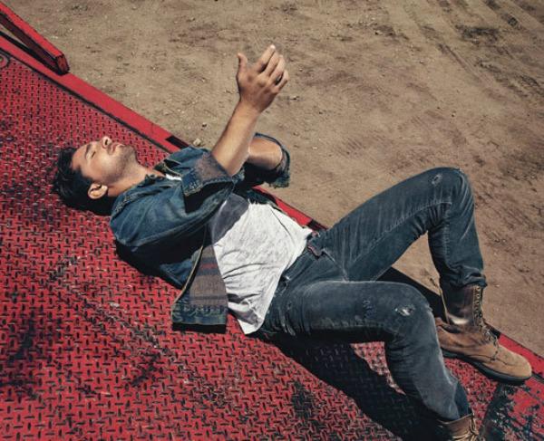 "156 Shia LeBeouf za ""Details"" – avgust 2011."