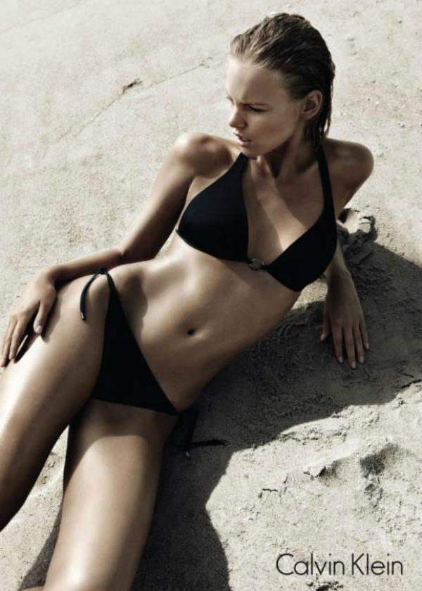 219 Marloes Horst za Calvin Klein Swimwear leto 2011. godine