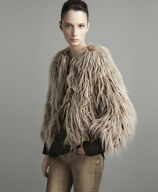 437 Lookbook Zara   avgust 2011.