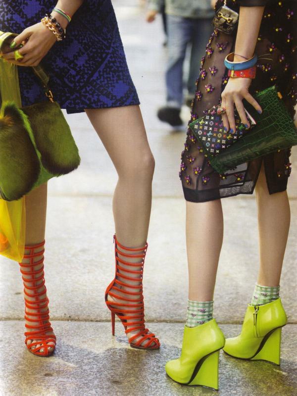"67 Vogue UK avgust 2011. godine – editorijal ""Style Hunter"""
