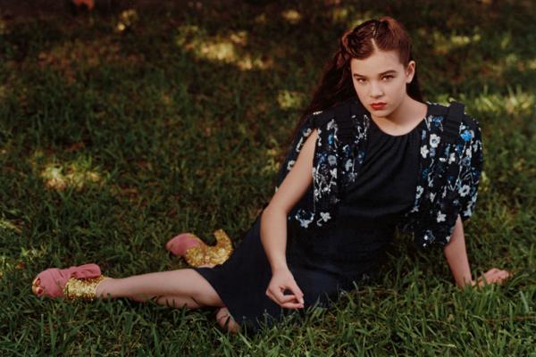 91131751 Četrnaestogodišnja Hailee Steinfeld   zaštitno lice Miu Miu