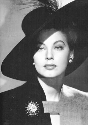 Slika 8 Dive XX veka: Gola Ava