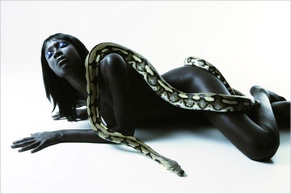 Supermodel Dji Dieng by G. Balmelli picnik Wannabe intervju: Dji Dieng