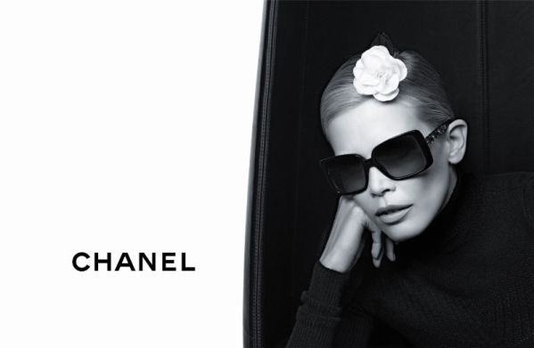 chanel3 Claudia Schiffer za Chanel   jesen 2011.