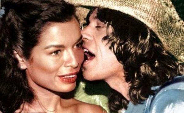 mqry0jqjye5o0yqm Rock & Roll Fashion   Bianca Jagger