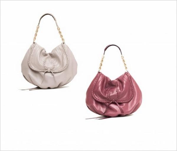 nina ricci nina ricci Spring Summer 2011 Handbags 522x446 Nina Ricci Pleases Everyone
