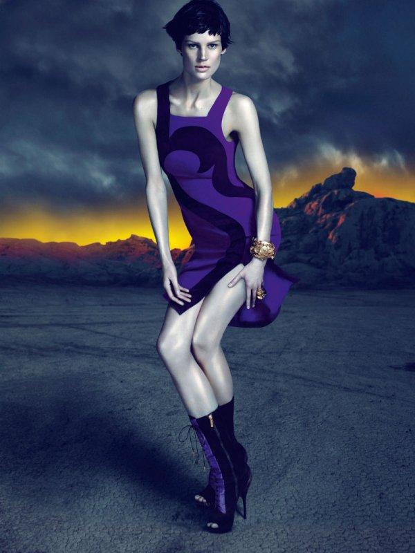 versacecampaign5 Versace za jesen 2011.