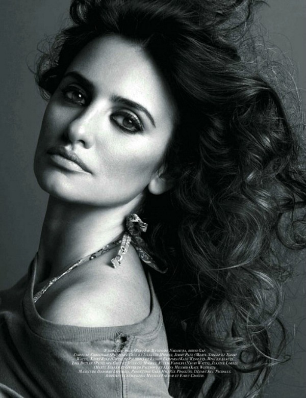99 Who Run The World: Penélope Cruz