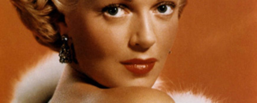 Dive XX veka: The Sweater Girl