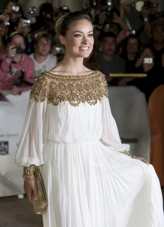Olivia Wilde Butter premiere 01 560x775 Fashion police is back!