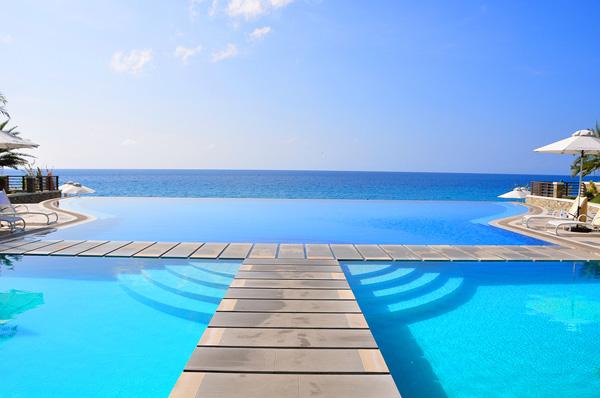 acuatico infinity pool Filipini Bazeni koji se stapaju sa horizontom