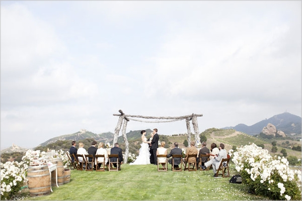 april tyler 130 Under the Veil of a Fairytale: kada fotografi režiraju venčanje