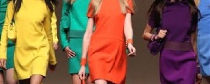 Blumarine predlaže jarke boje za jesen 2011.