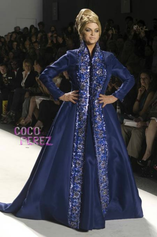 kirstie alley zang toi spring 2012 new york fashion week 1  oPt Trach Up