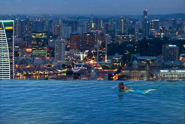 skypark marina bay sands hotel macau infinity pool Bazeni koji se stapaju sa horizontom
