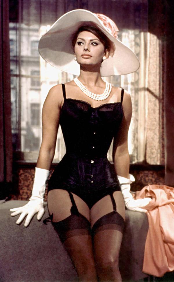 sophia loren hat underwear La Moda Italiana: Sofija Loren
