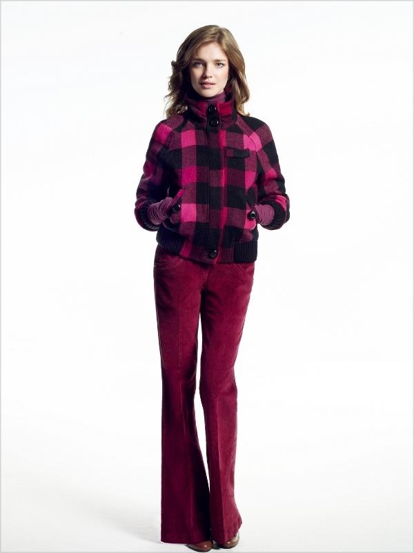 0011 Natalia Vodianova predstavlja mladalačku Etam kolekciju