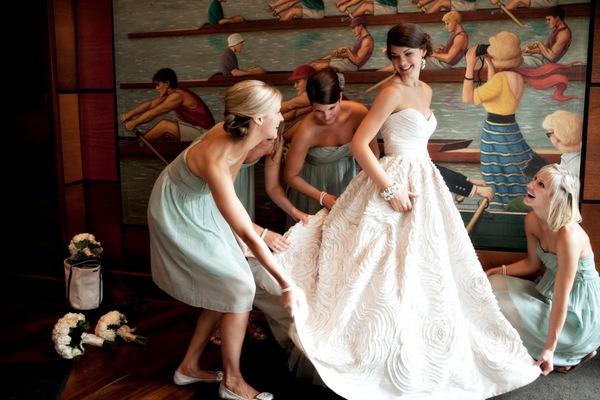 Našminkaj me, obuci me, danas se udajem!