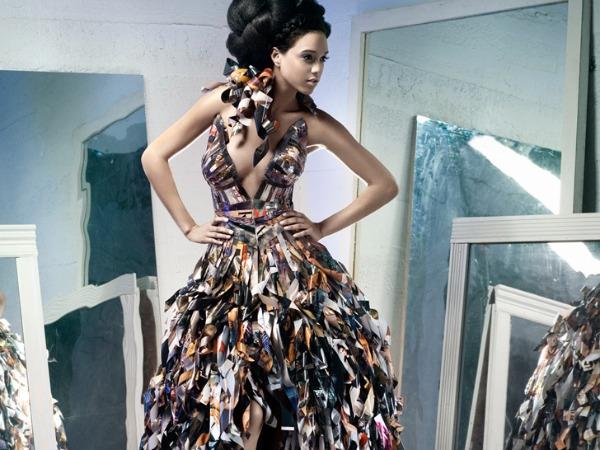 317 Glamurozne origami haljine by Lia Griffith