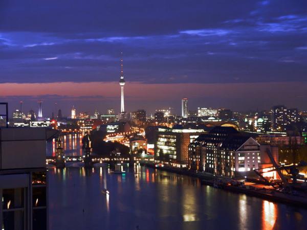 Berlin Mitte by night Druga berlinska priča
