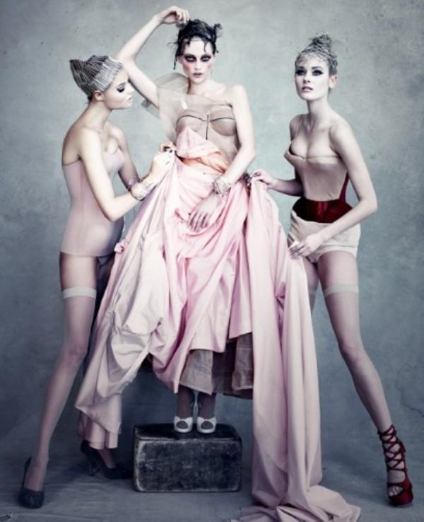 DIOR 2 2038863a Modni zalogaji: Prada, Dior i Louboutin