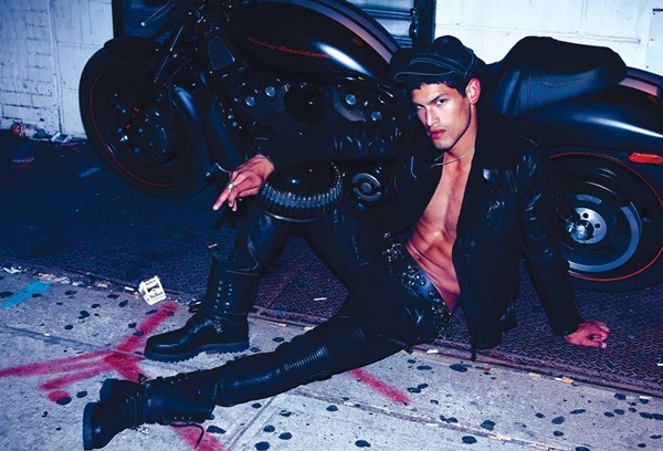 EH Lally Homotography 2 Jonathan Marquez za jesenji Essential Homme