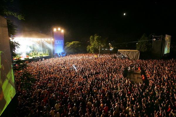 Exit 10 must visit srpskih kulturnih manifestacija