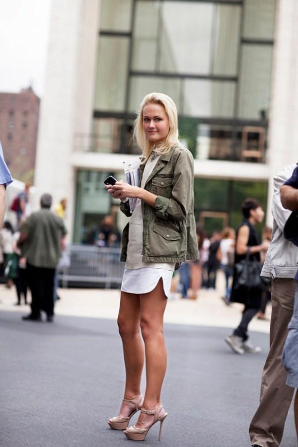 On the Street….Military Cover Up New York and London The Sartorialist Street Style: moderno i klasično