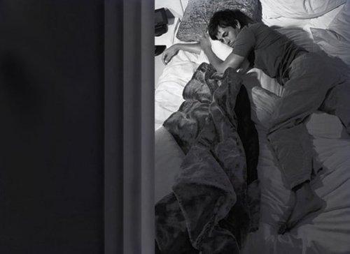 Slika8 U krevetu sa... Enrike Iglesijasom