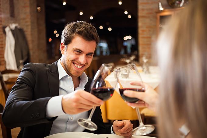 Večeras ću popiti samo jedno piće Pet stvari koje muškarci govore, a ne misle