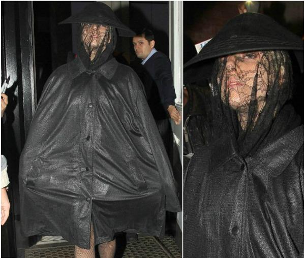 gaga1 Trach Up   Lady Gaga ode u pčelare?