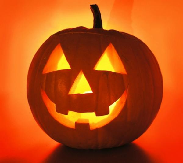 halloween pumpkin1 Noć veštica   proslavljanje gospodara smrti?