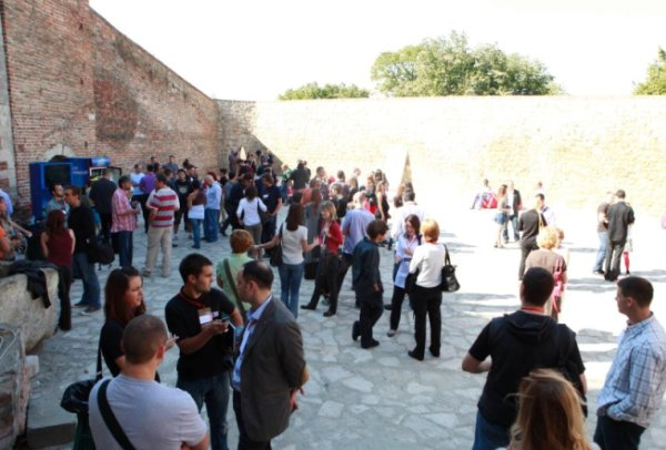 napolju TEDxBelgrade konferencija – ideje uspešno podeljene!