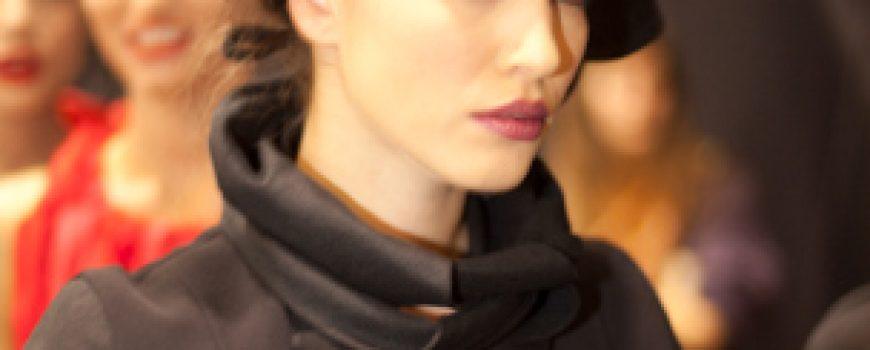 30. Amstel Fashion Week: Backstage 1.deo