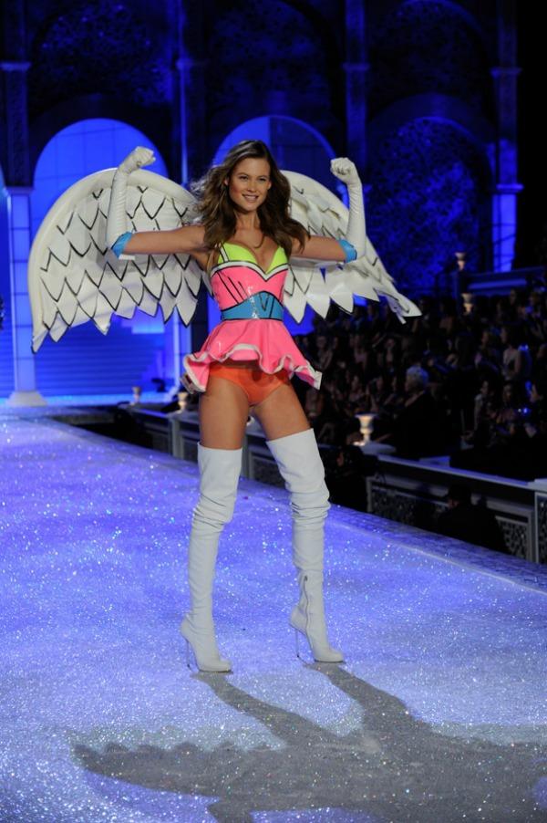101168 D1675 Victorias Secret: Zavodljivi anđeli
