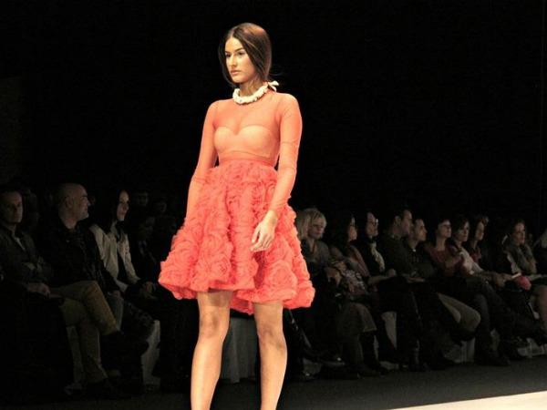 317774 193323320745358 193297917414565 406388 1924214369 n Belgrade Fashion Week: Mihano Momosa