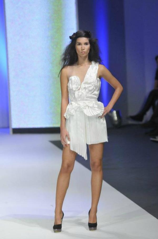 382816 271046952933394 264478490256907 786218 1207168599 n Belgrade Fashion Week: Ana Šekularac