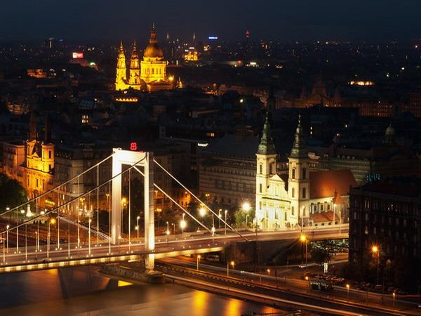 4 Budimpesta Najlepše noćne panorame sveta