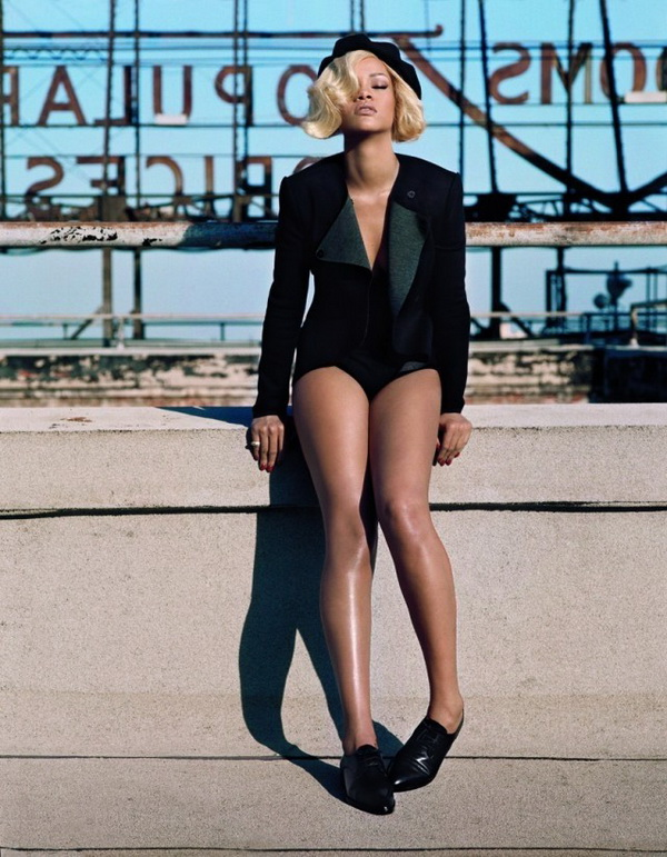 69 Marilyn Monroe is back: Rihanna za Vogue UK, novembar 2011.