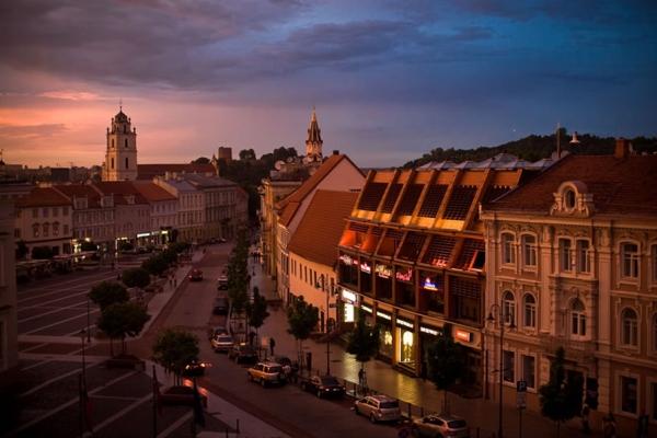 Centar grada Zelena prestonica u sred Evrope   Vilnjus, Litvanija