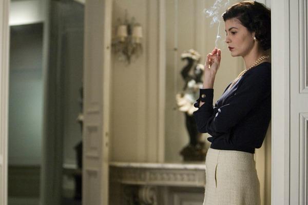 Cetvrta slika Filmonedeljak: Filmski modni vremeplov