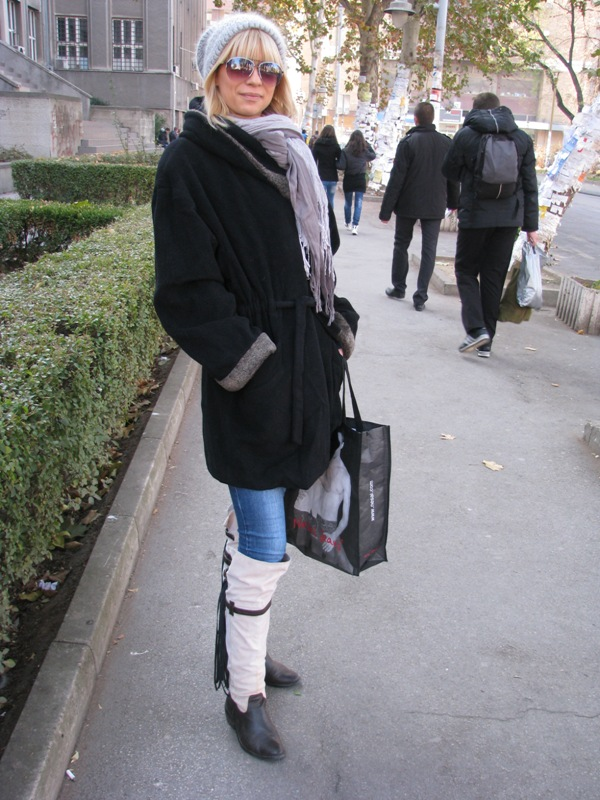 Naglasak na čizmama Street Style: Moda i Niš