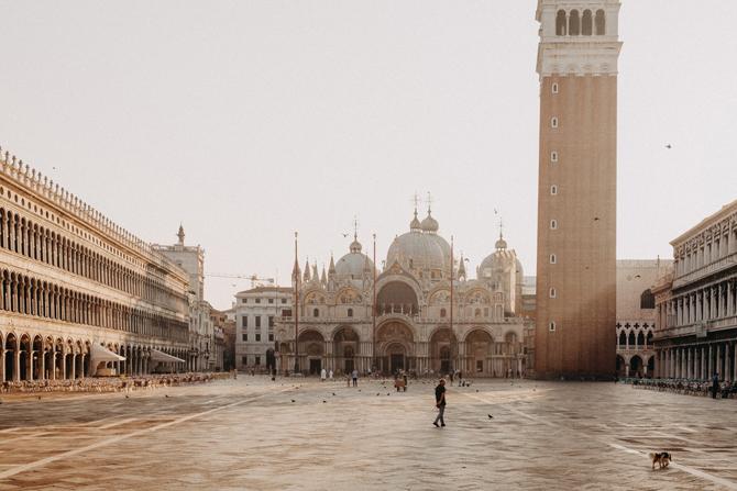 Piazza San Marco Trk na trg: Piazza San Marco, Venecija