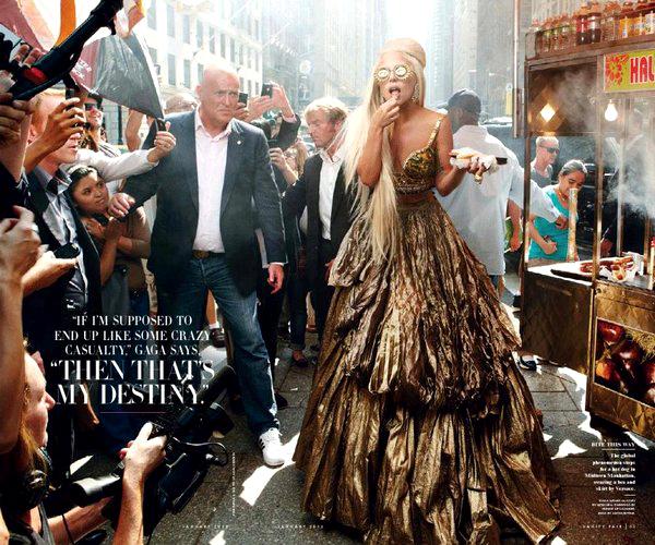 Slika 317 Lady Gaga bez dlake na... jeziku