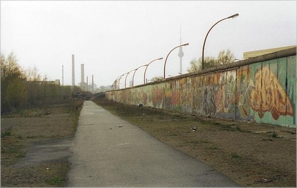 berlin zid istok 1 Četvrta berlinska priča