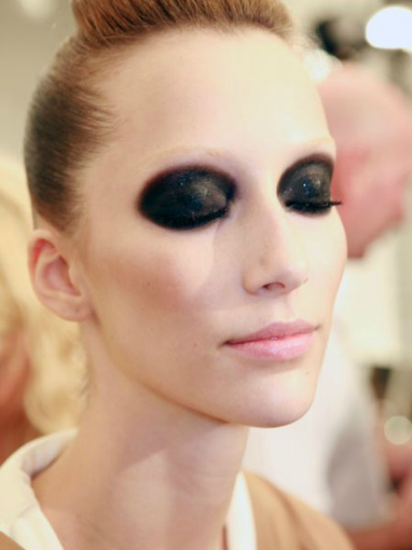gucci akcenat na ocima koje imaju dubinu Beauty trendovi za januar 2012. godine