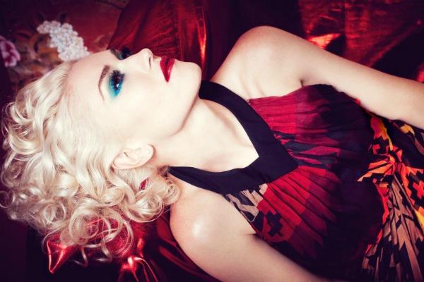 gwen stefani6 Gwen Stefani unosi pop glamur u In Style Magazine