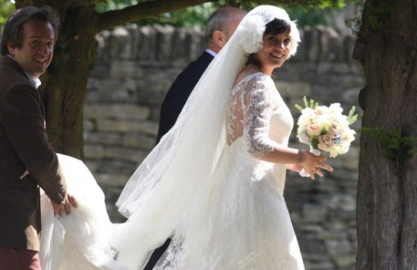 lily allen at her wedding pic rex image 2 801628822 Who Run the World: Lily Allen